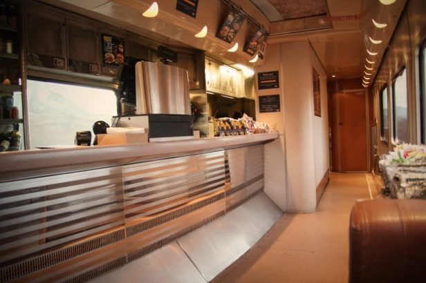 amtrak-food-car-1024x682
